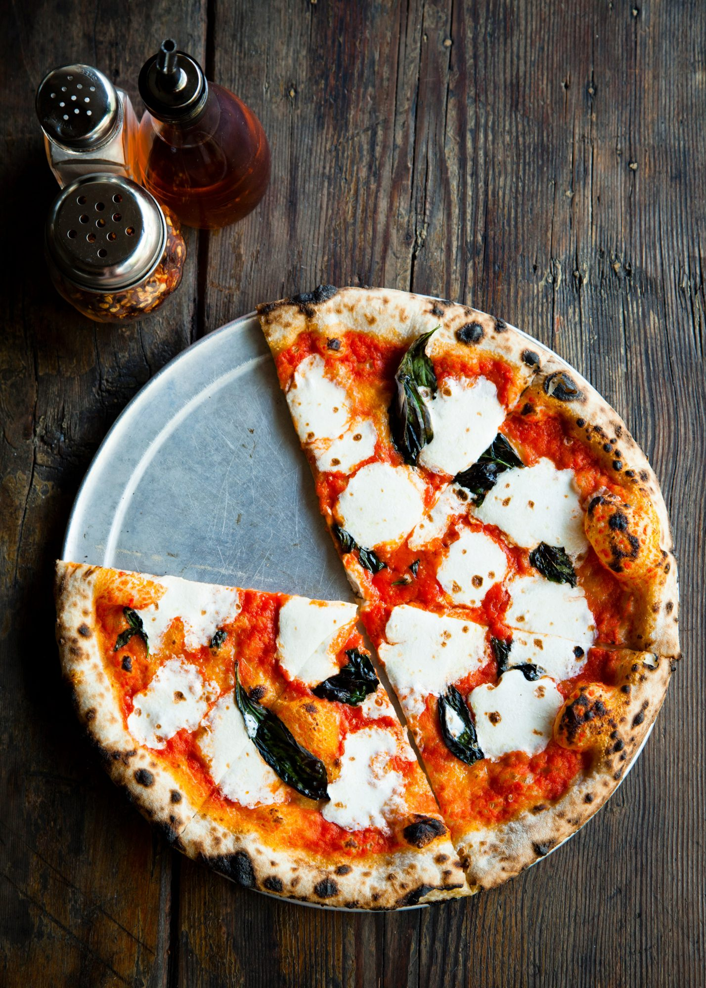 ROBERTA'S PIZZA'S MARGHERITA PIZZA