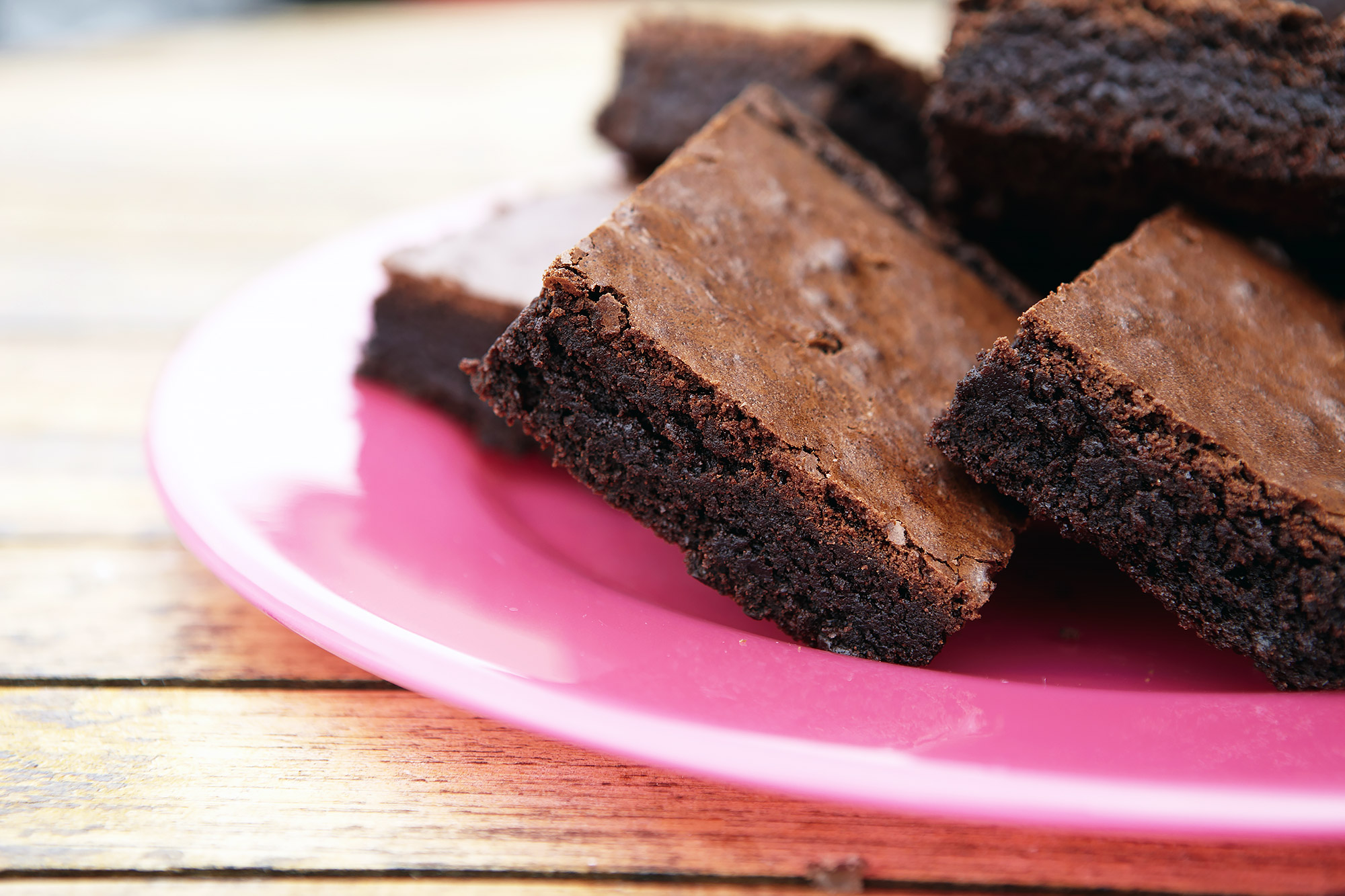 Mom Claims She Used Breast Milk to Make Brownies for Unsuspecting Families at School Bake Sale