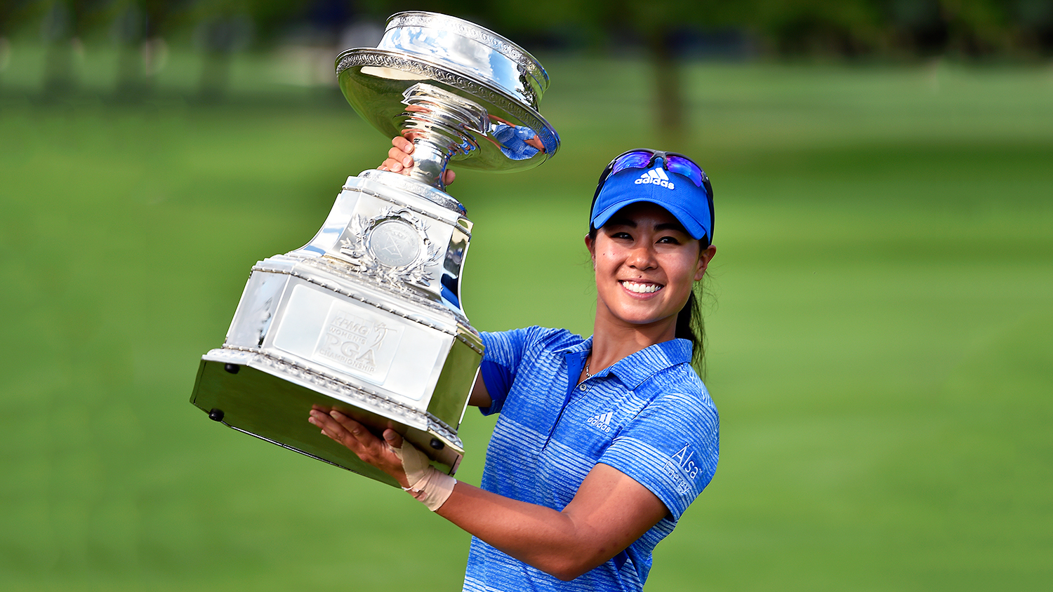 danielle kang golf winner uses trophy as pho bowl