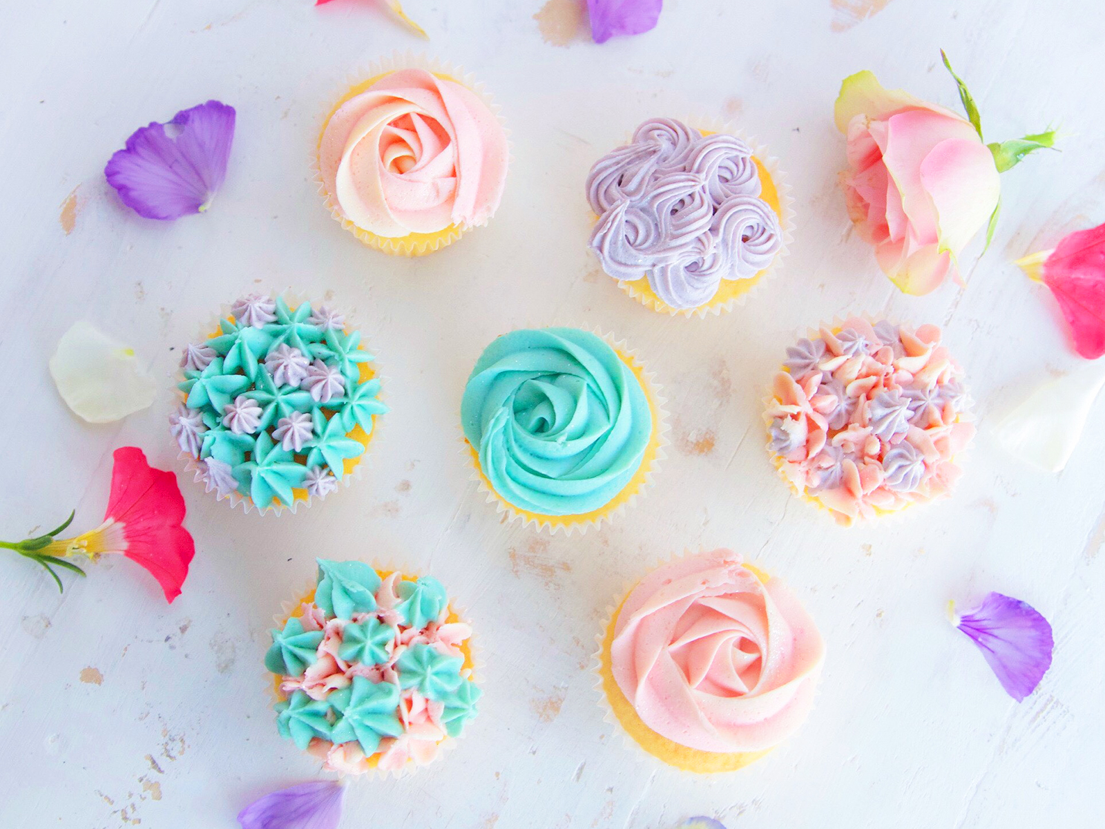 The Most Beautiful Buttercream Flowers on Instagram | Food & Wine