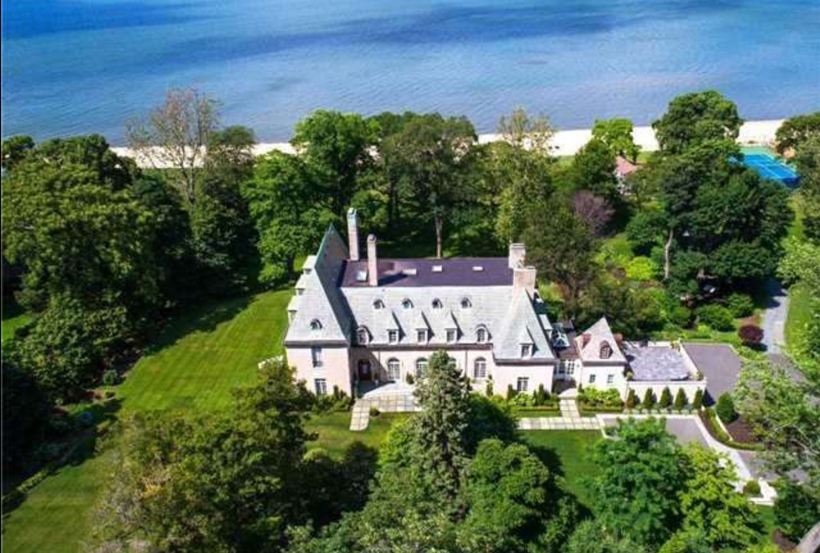 'The Great Gatsby' Mansion Can Be Yours for $17 Million