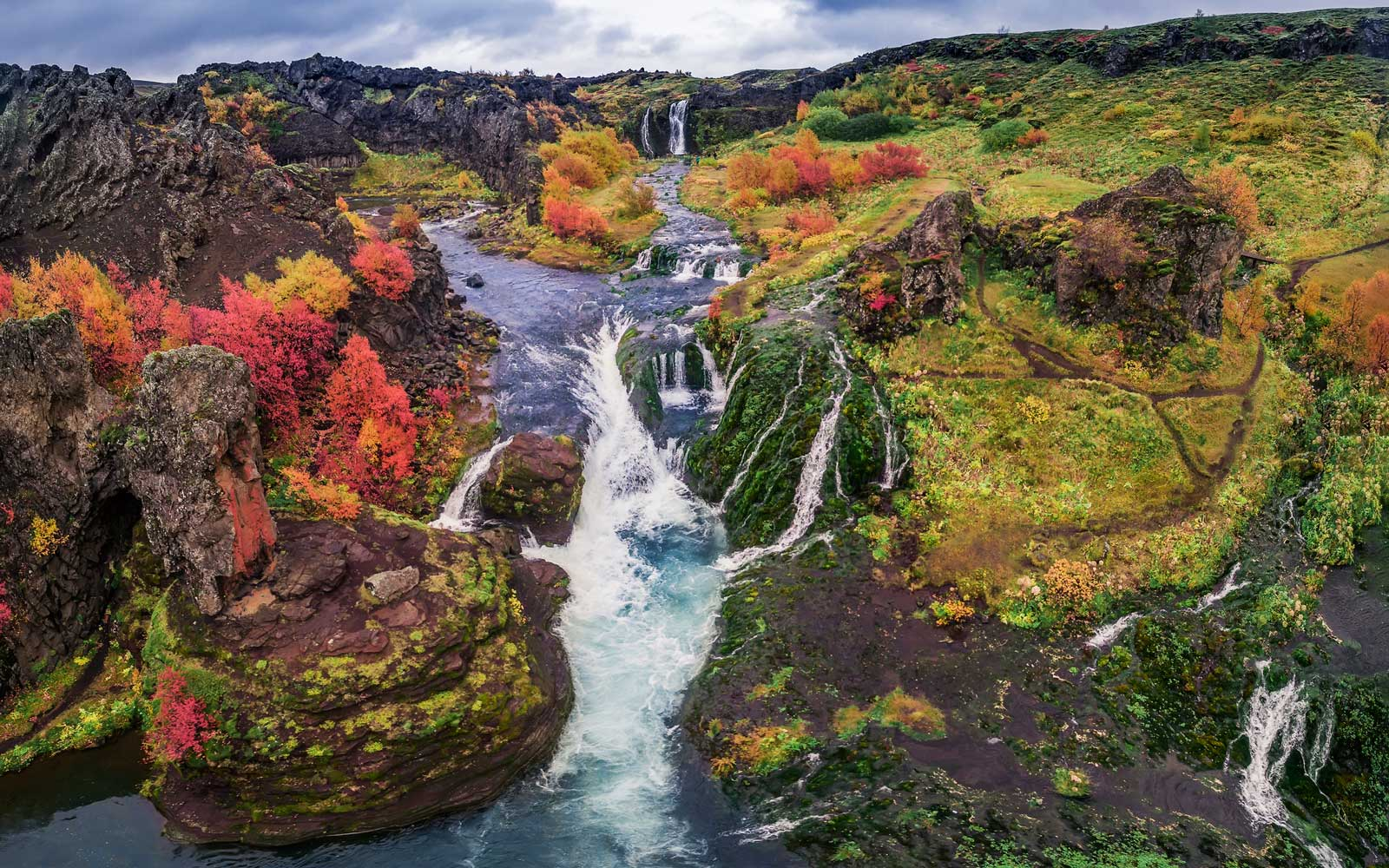 Cheap Travel to Iceland and Barbados in Fall