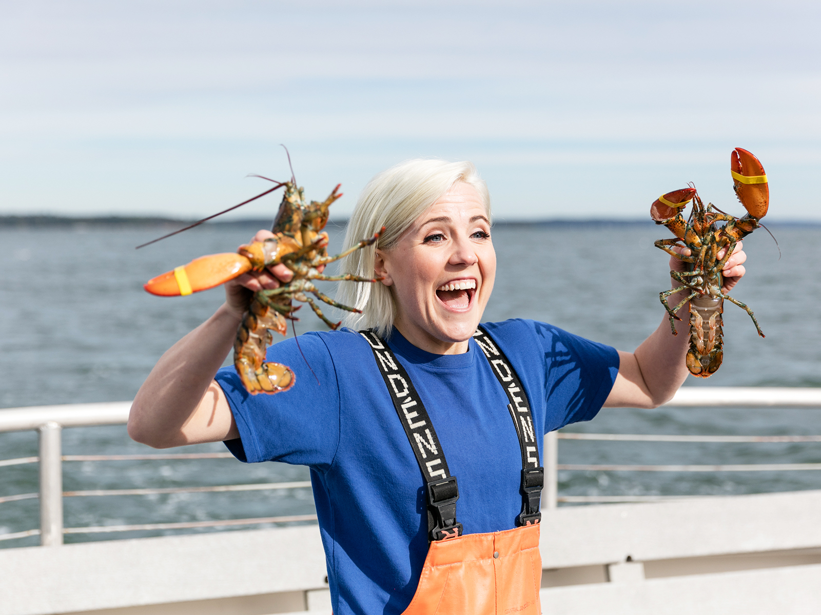 Hannah Hart Jumps From Youtube To Tv With I Hart Food Food Wine