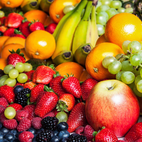 What's the Difference Between Dried and Fresh Fruit?