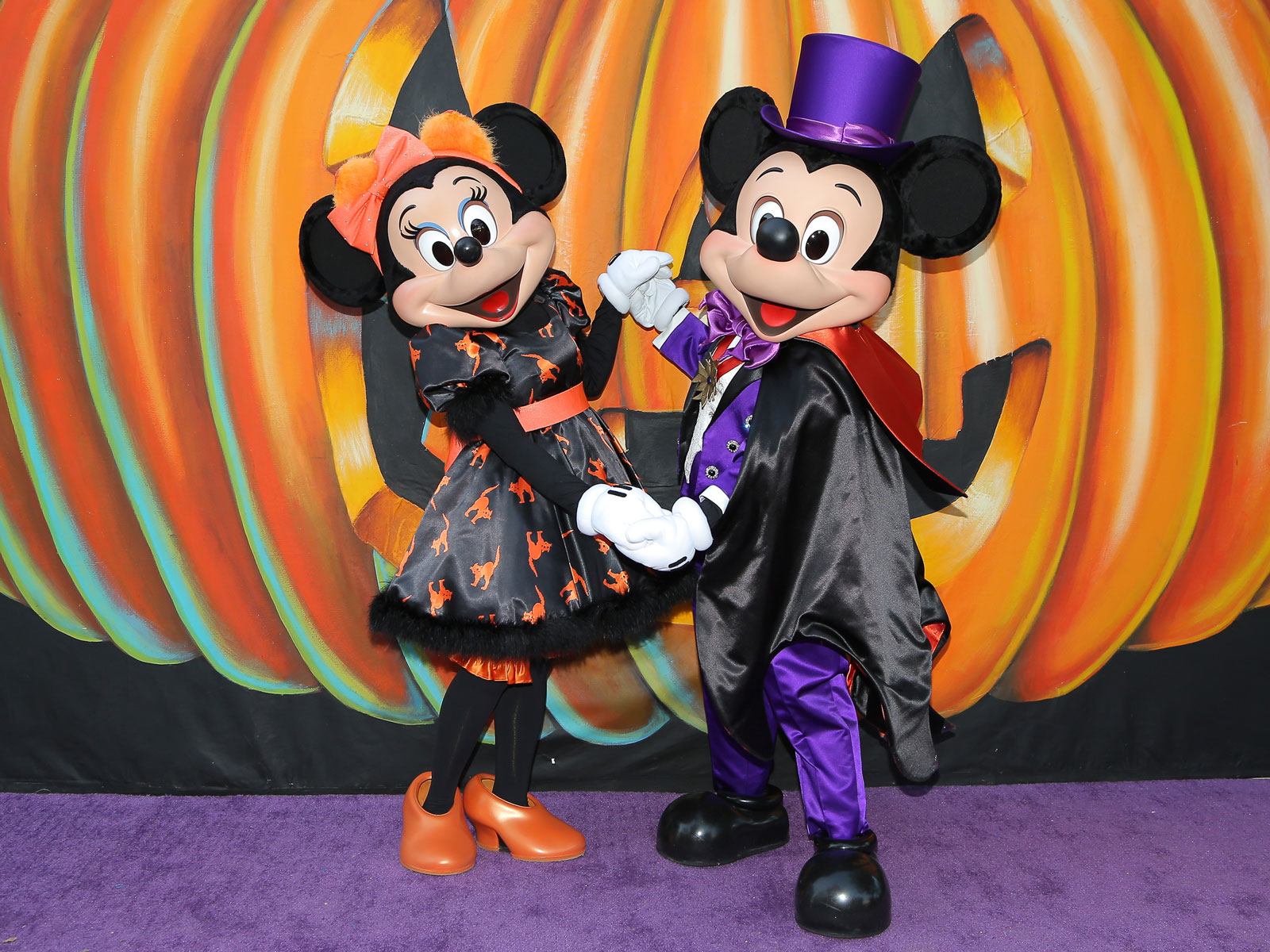 15 Scary Good Treats and Eats from Disney Parks\' Halloween Time Menu ...