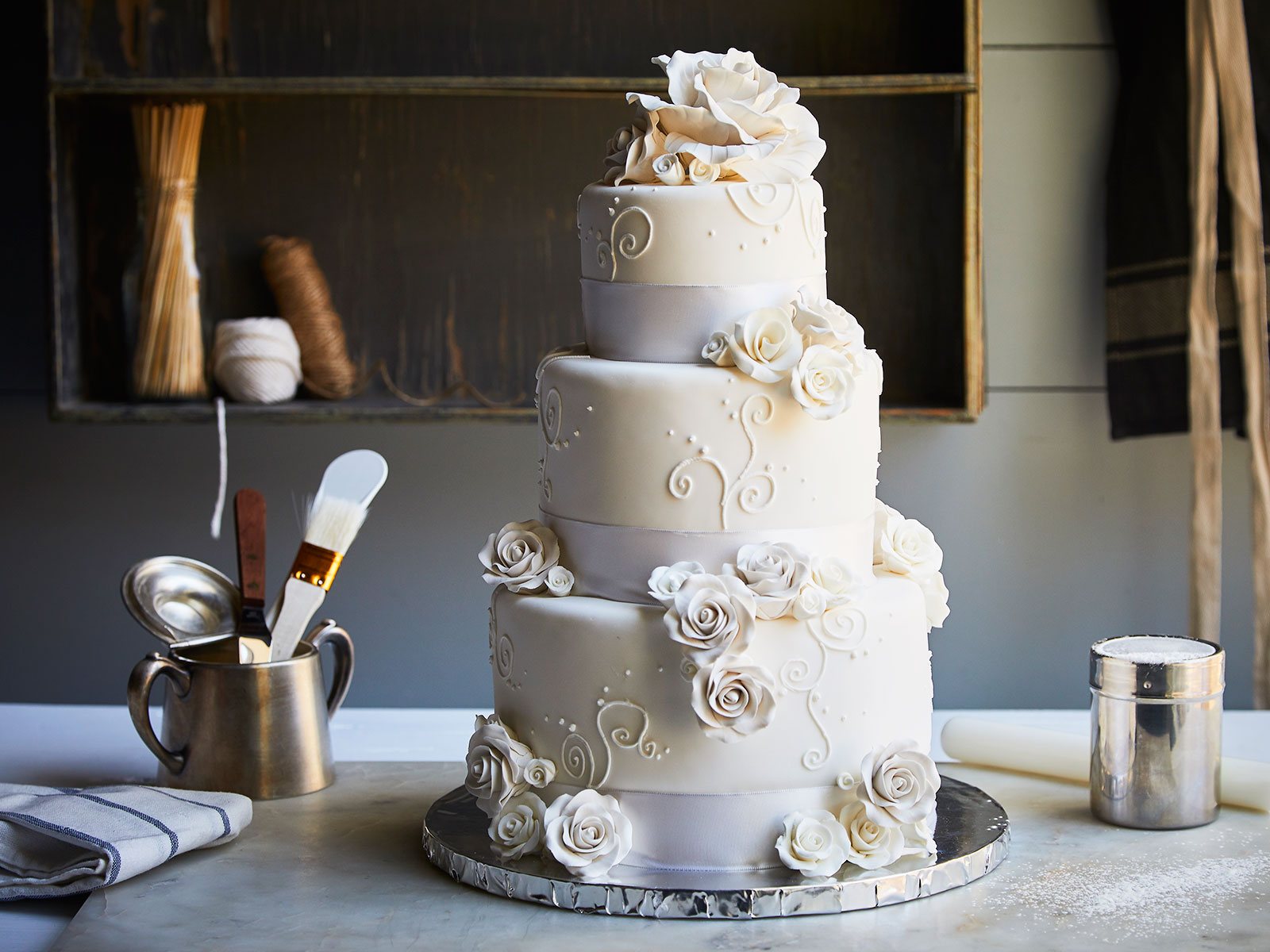Duff Goldman Created A Diy Wedding Cake Kit For Chef D