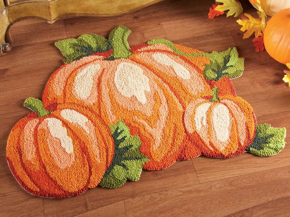 pumpkin mini rug