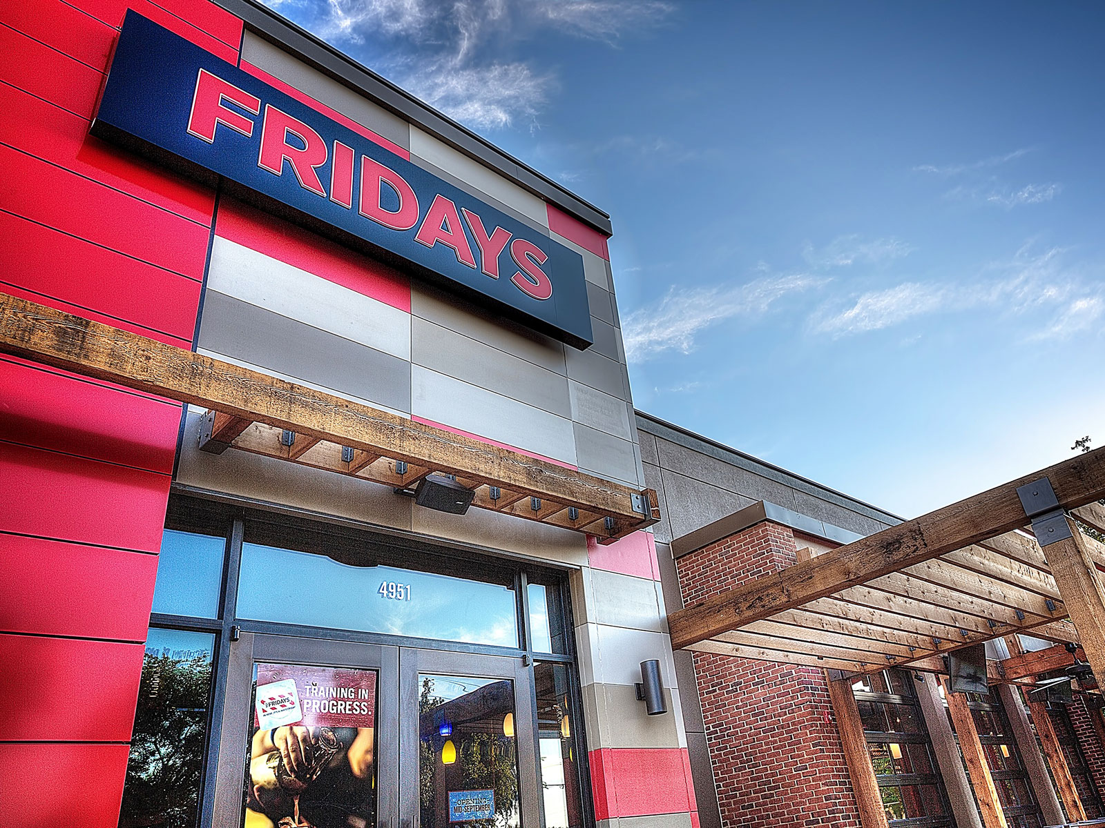TGI Fridays App Adds Alcohol Delivery