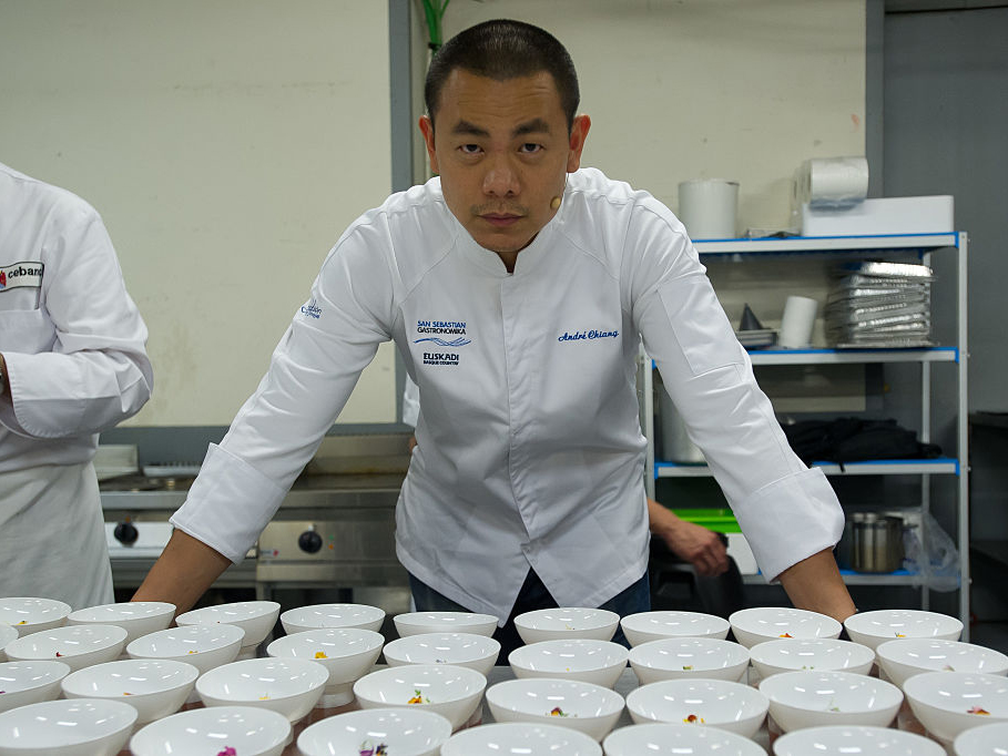 Singapore chef Andre Chiang returns Michelin stars and announces plans to close