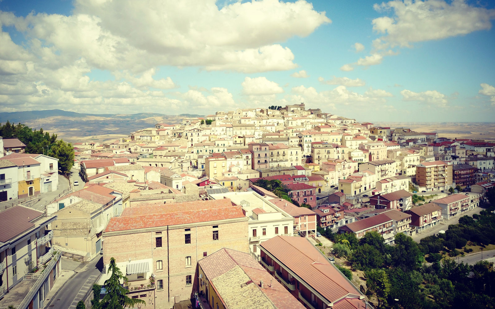 This Charming Italian Town Will Pay You to Move There