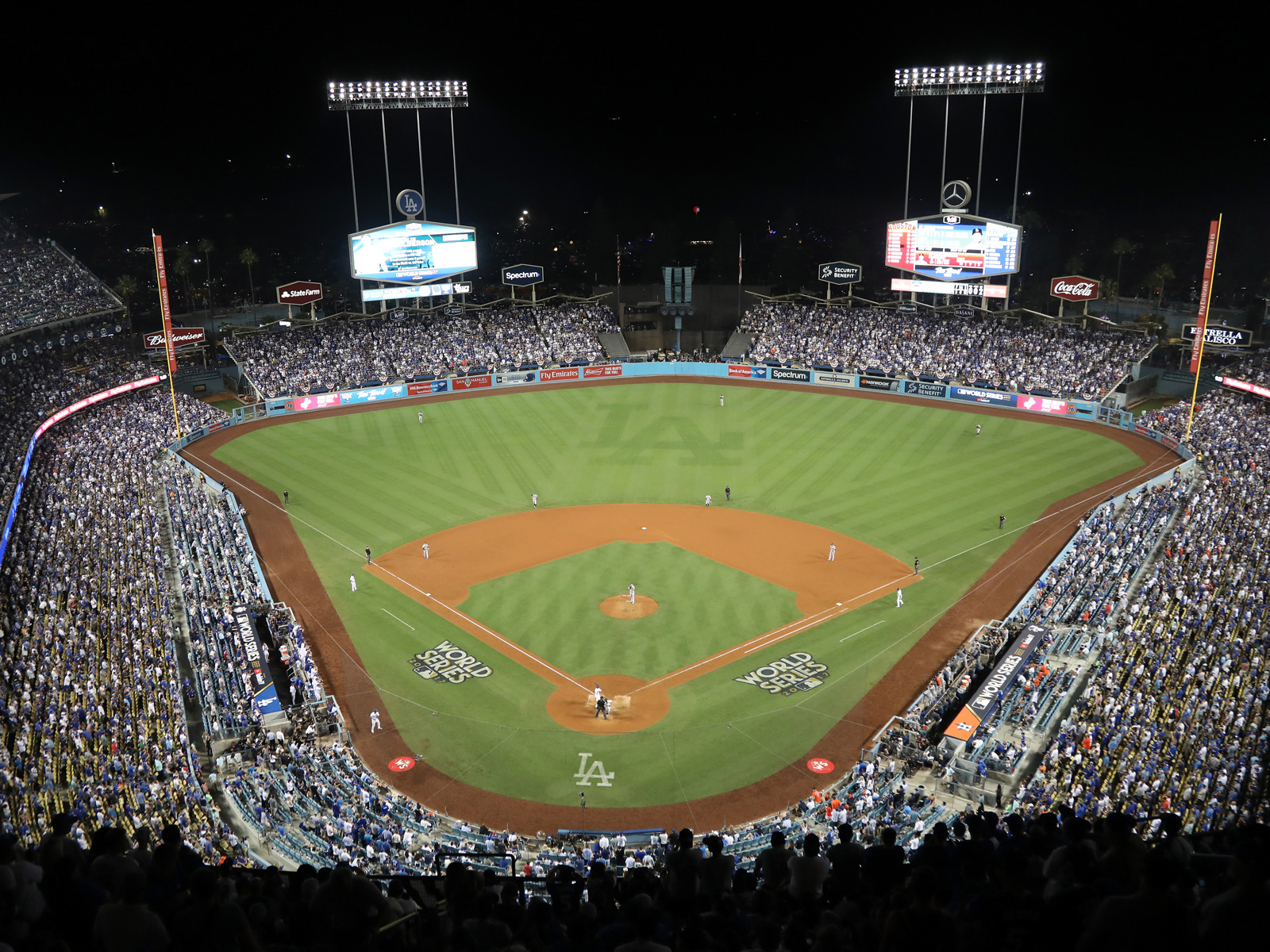 The Dodger Stadium Chef Shares the Dishes You Can't Miss at the World Series