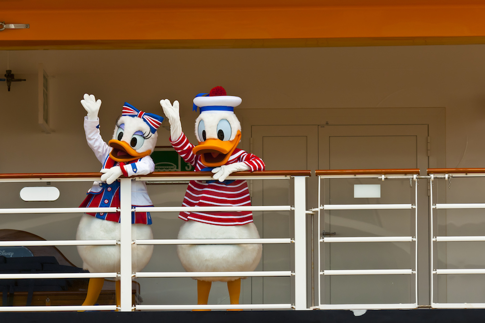 donald-daisy-duck-disney-cruise-blog0917.jpg