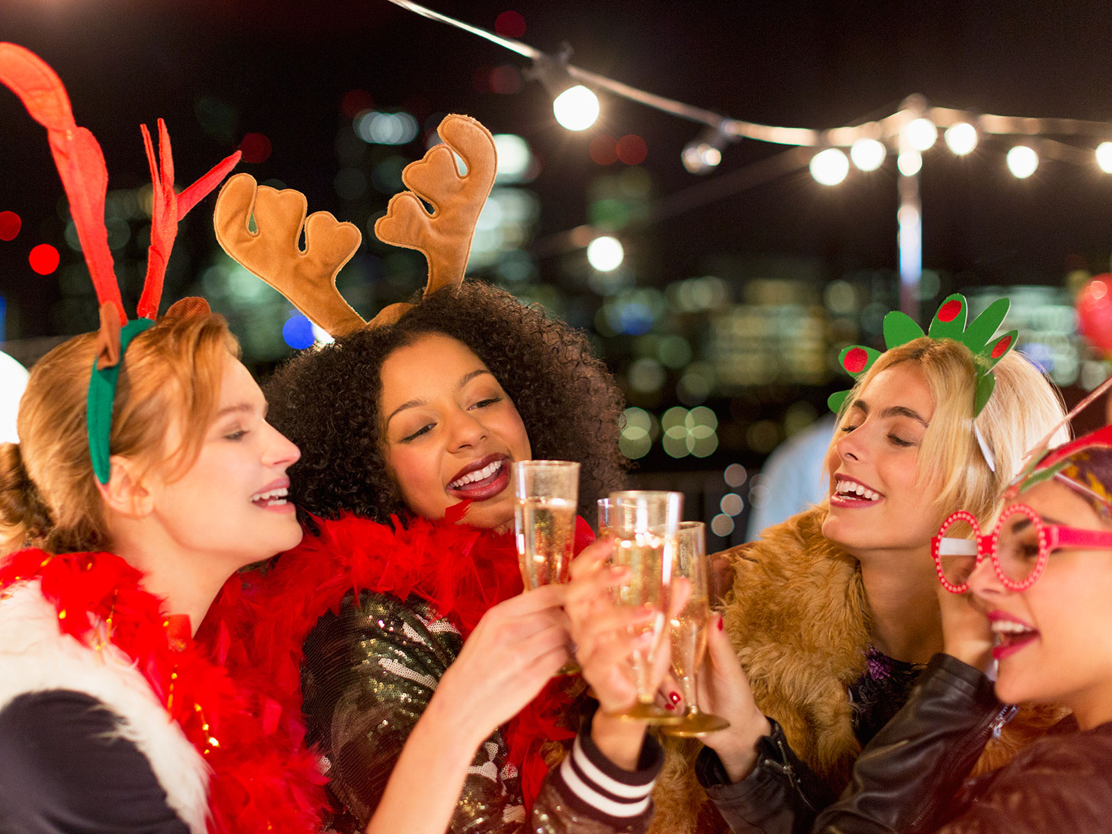 Everything You Need to Make Your Holiday Party Drinks Table a Hit
