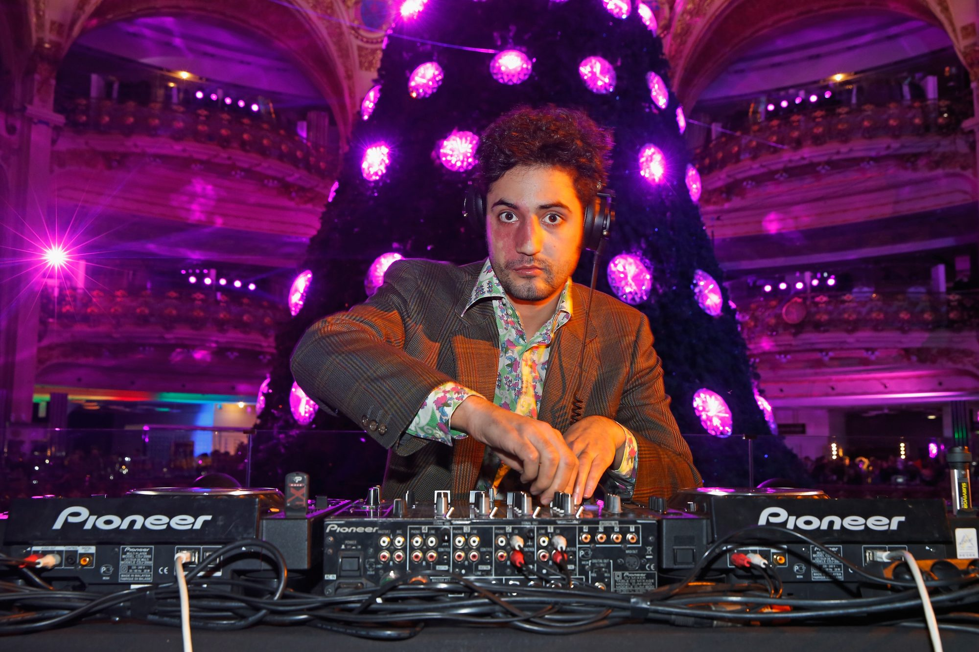 Meet the 32-Year-Old Billionaire Beer Heir Who DJs Music Festivals for a Living