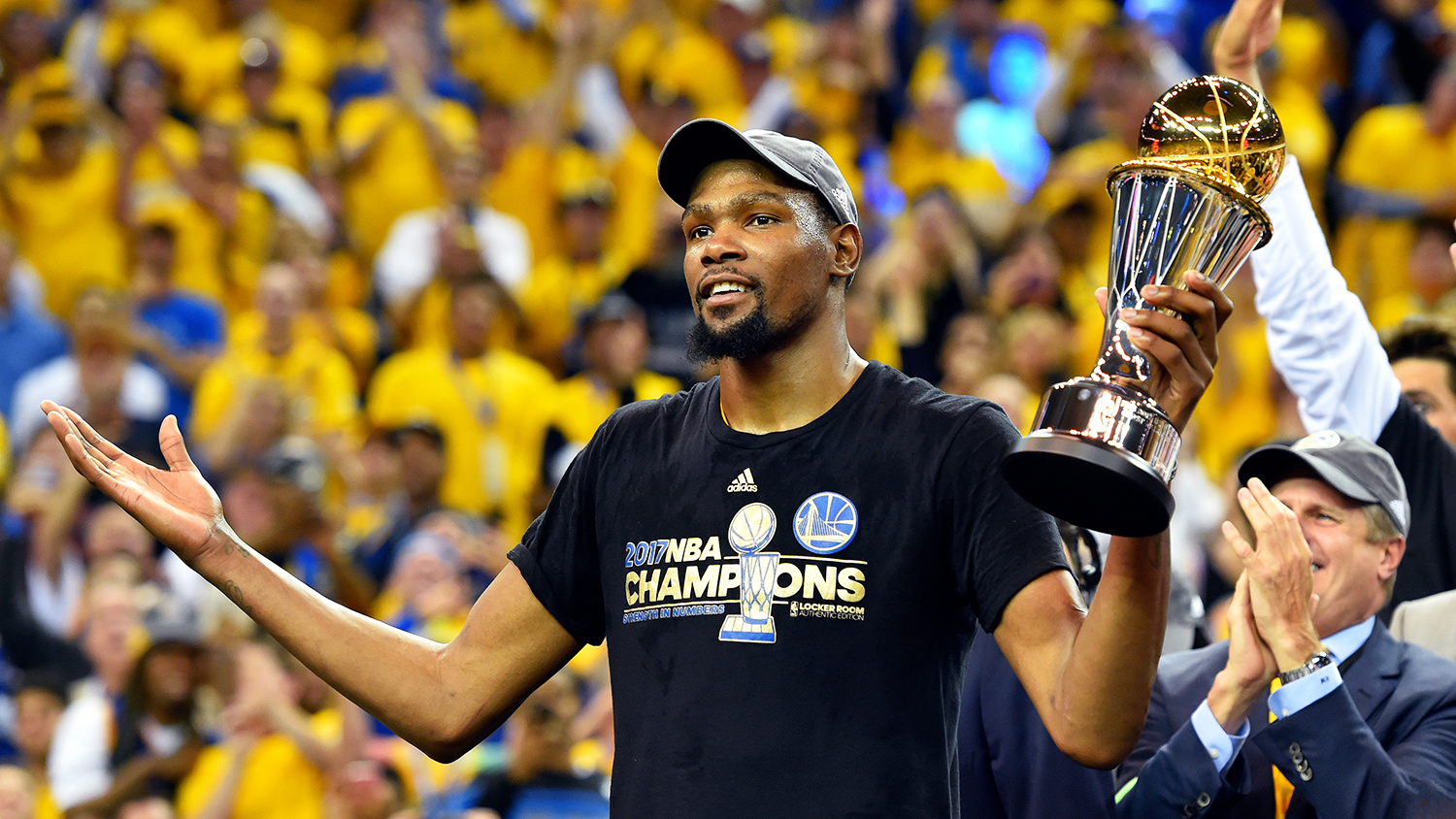 Kevin Durant Invests in Pizza Chain Pieology