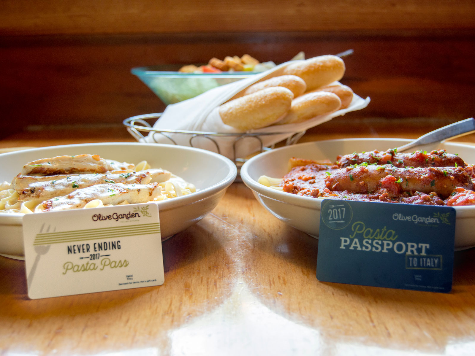 Olive Garden ups ante on popular never-ending pasta pass