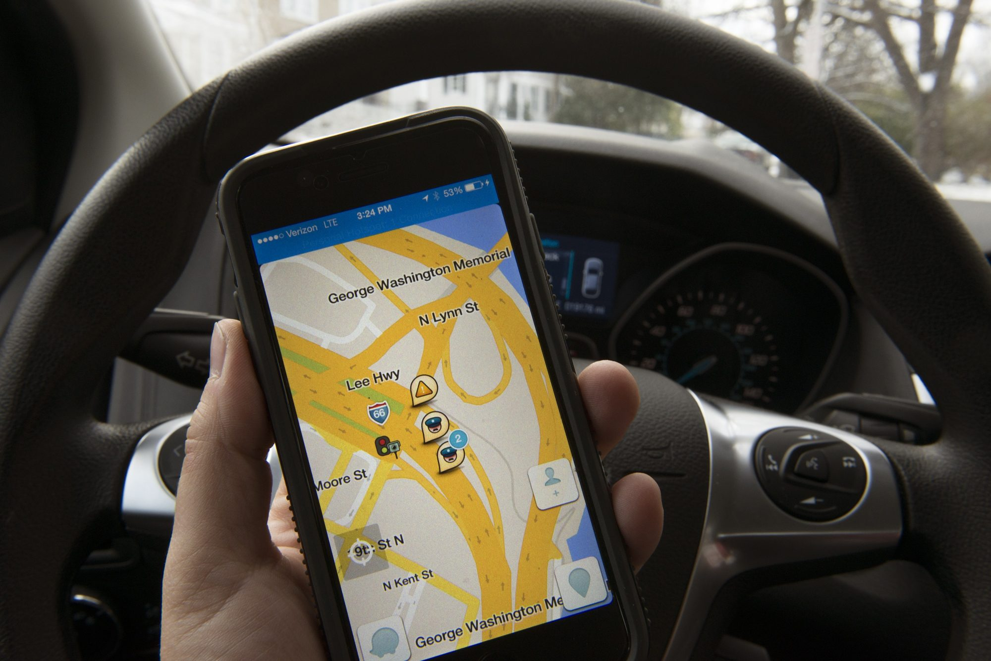 Law Enforcement Officials Unhappy With WAZE GPS Appp
