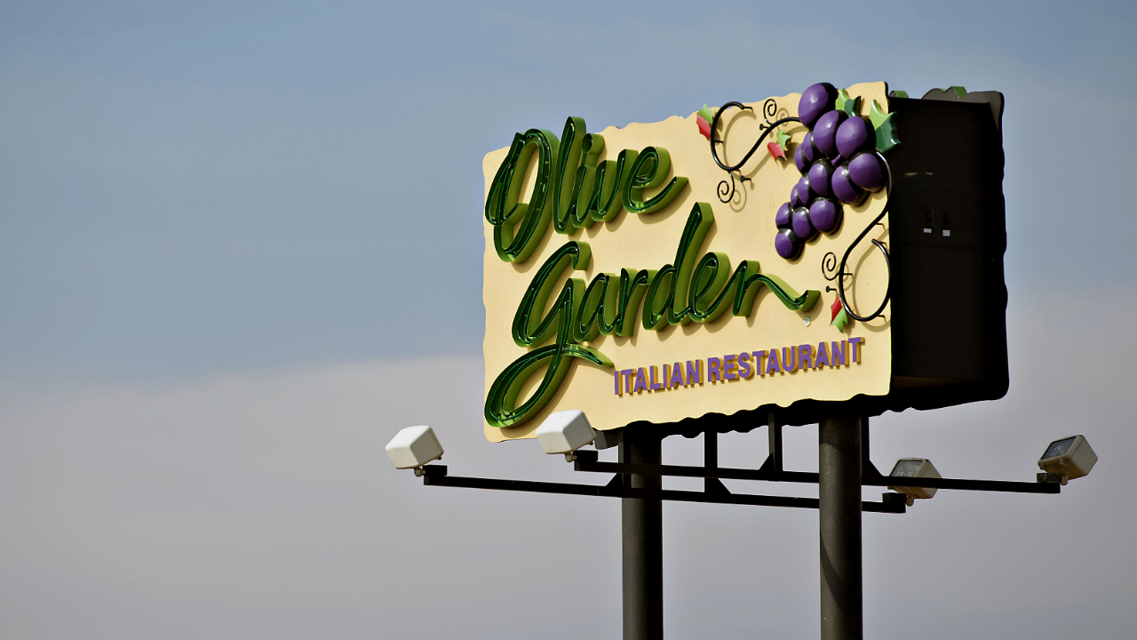 This Lower Calorie Option Is Now Olive Garden's Most Popular Dish