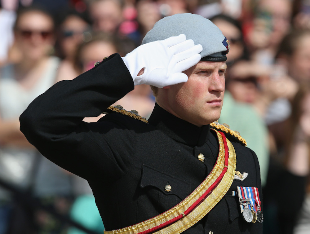 prince-harry-uniform-blog1117.jpg