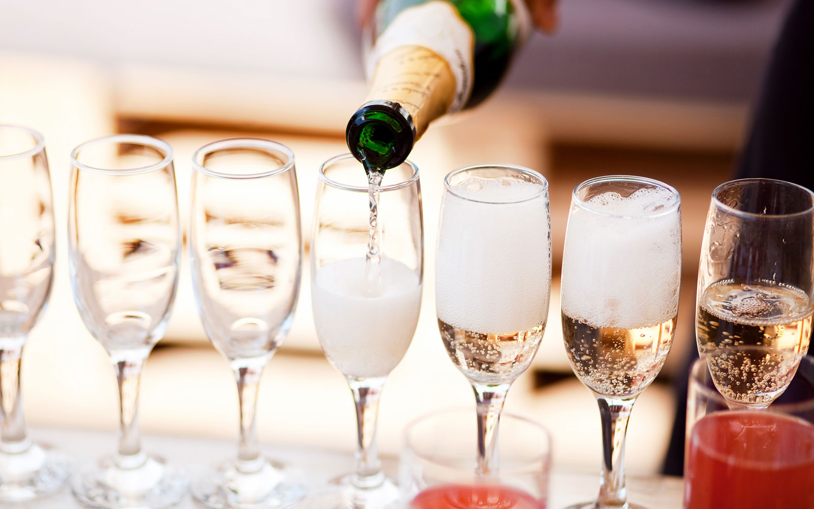 There's a Festival Dedicated to Prosecco Coming to London