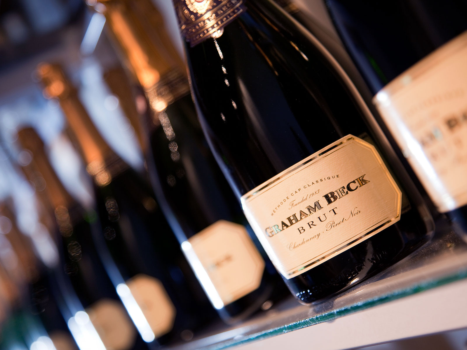 Sparkling Wines That Make Perfect Holiday Gifts