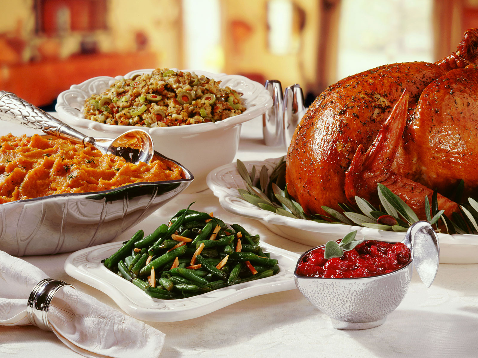 9 Songs For Your Thanksgiving Playlist That Aren't About Turkey