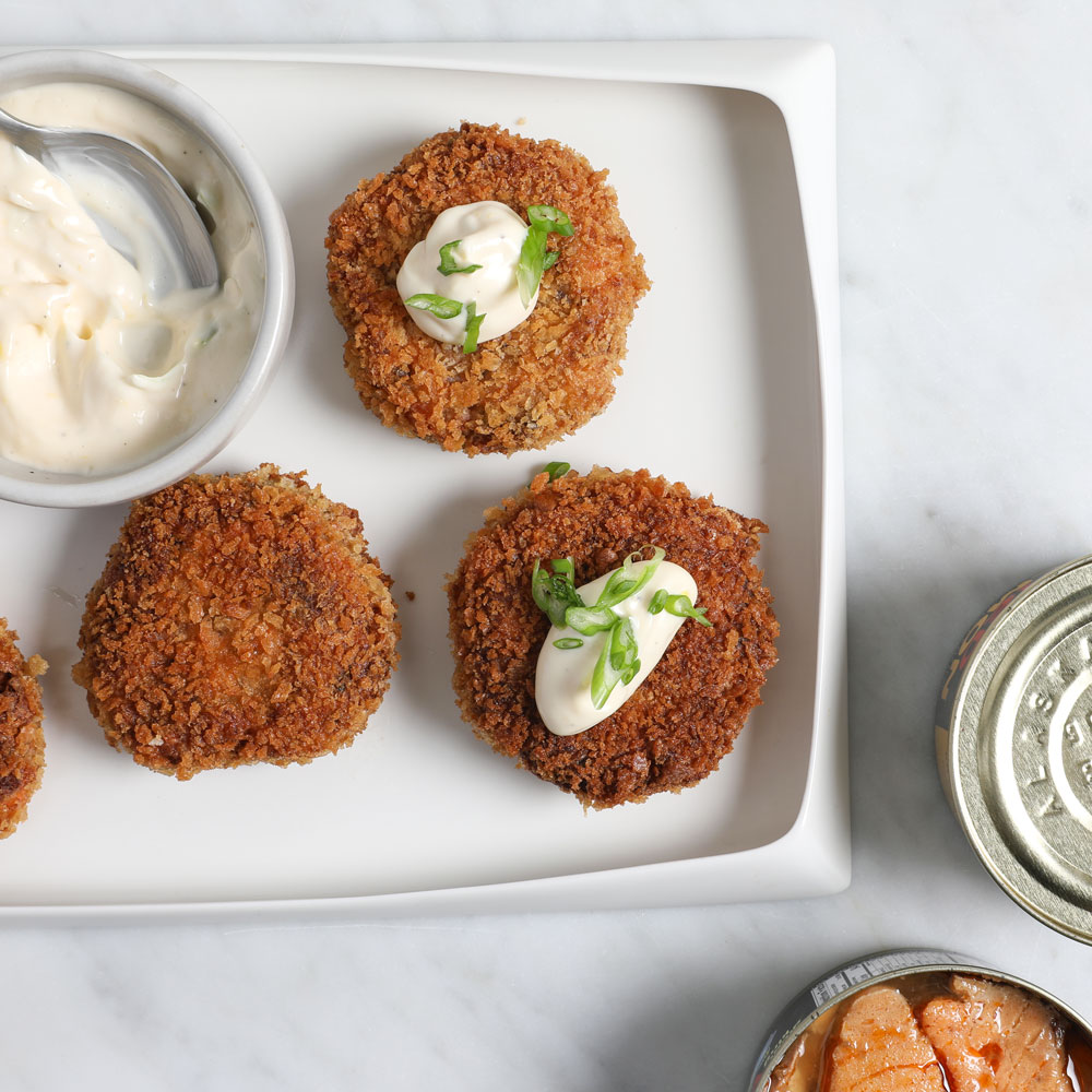 Spicy Chipotle Salmon Cakes with Lemon Mayonnaise