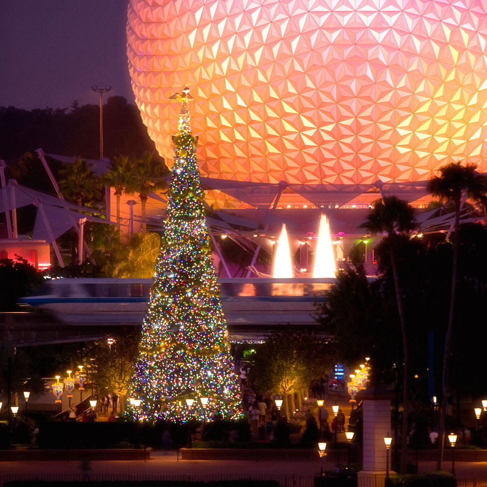 We Ate All The Food at Epcot's Holiday Party, And Here's What You Need to Try