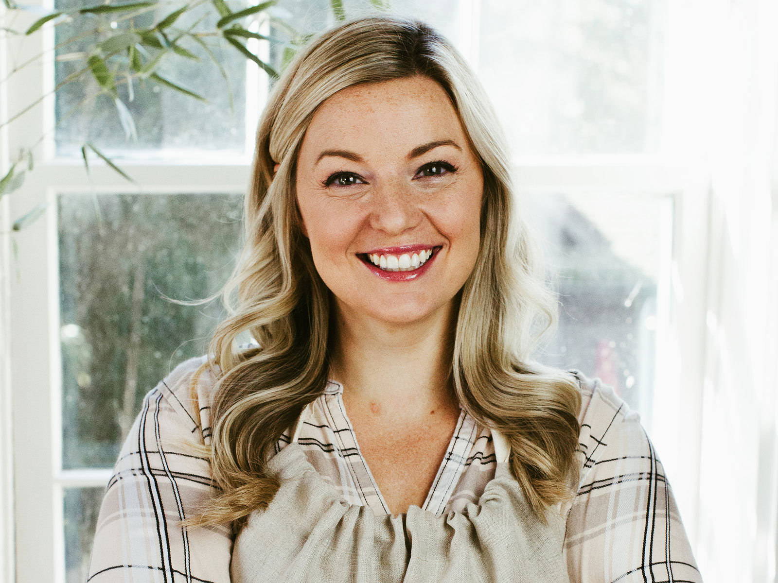 food network star damaris phillips