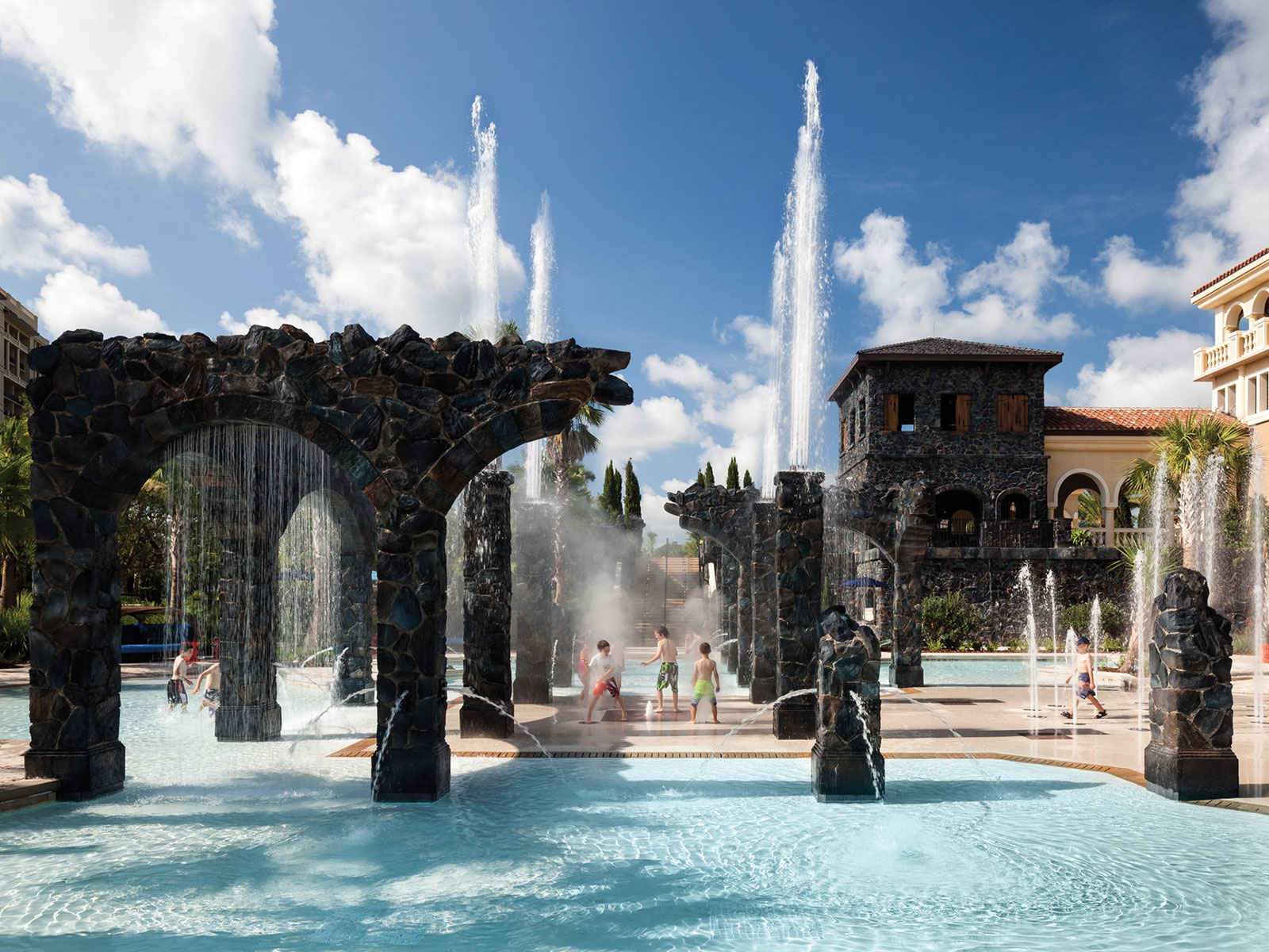 splash at the four seasons water park