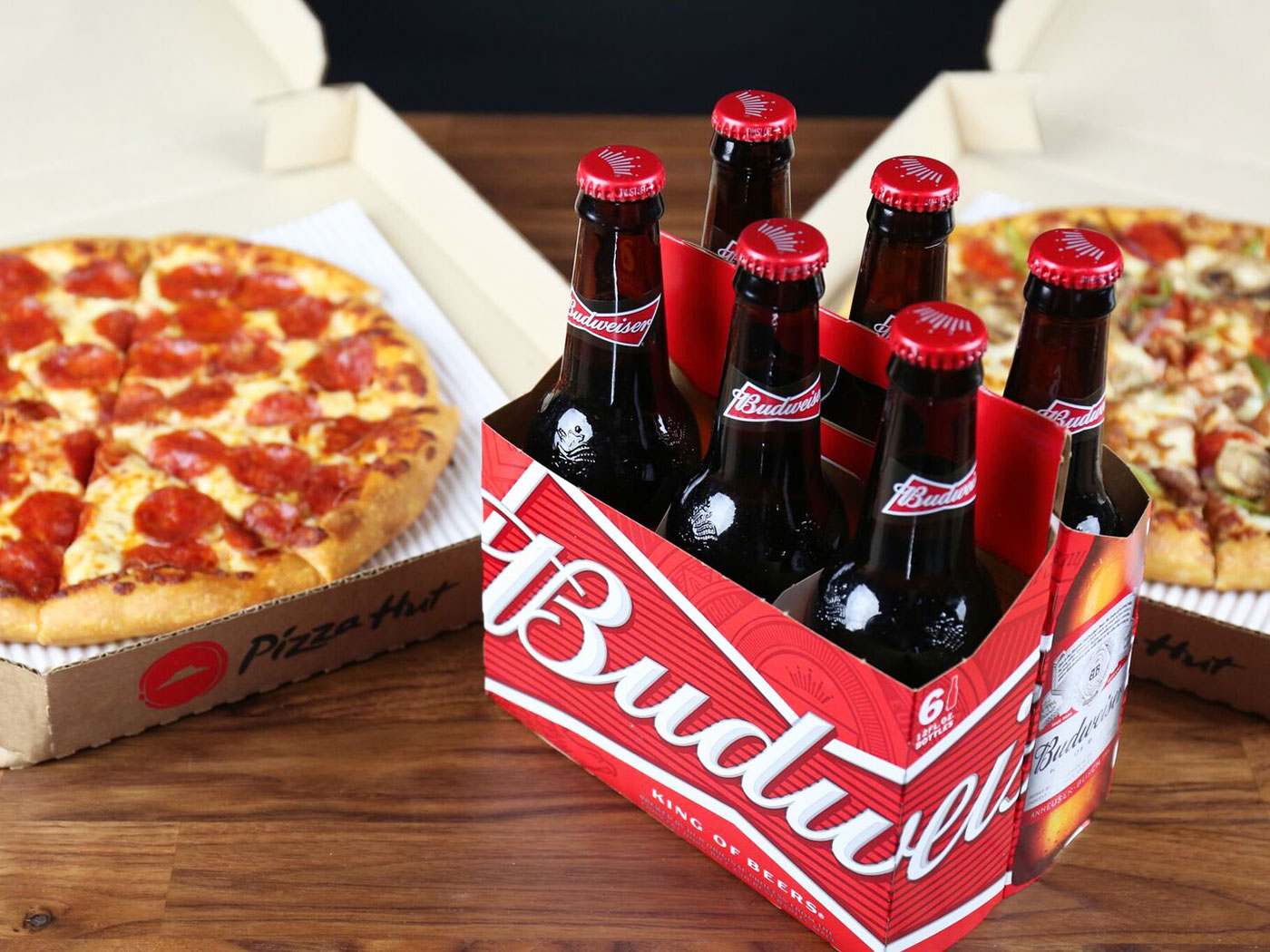 Pizza Hut is delivering beer and wine