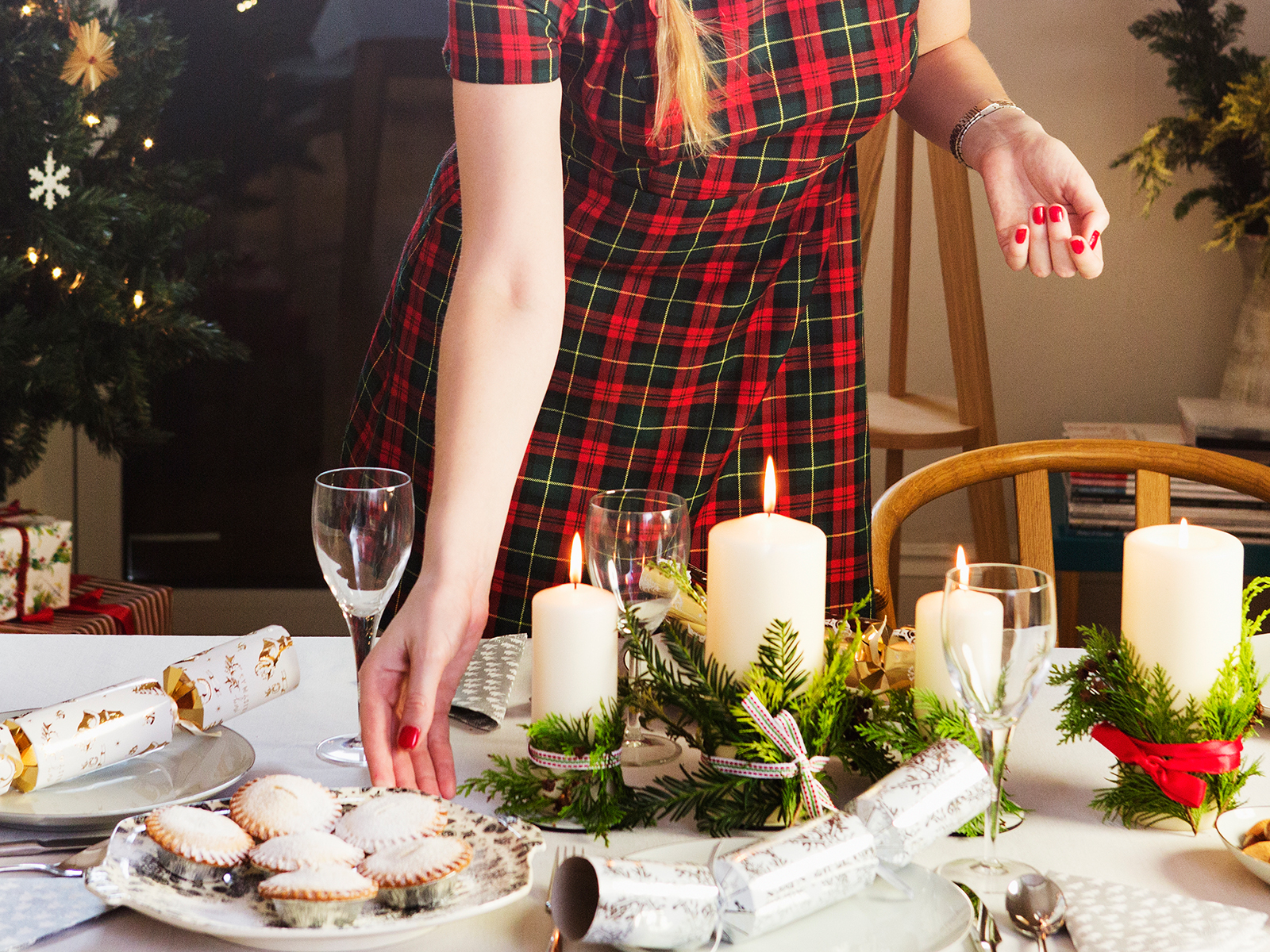 Hosting the Holidays Away from Home? Follow These 5 Tips