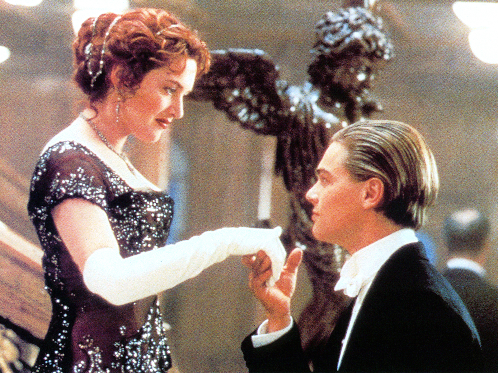 """That Time the Cast and Crew of """"Titanic"""" Ate PCP-Spiked Chowder"""