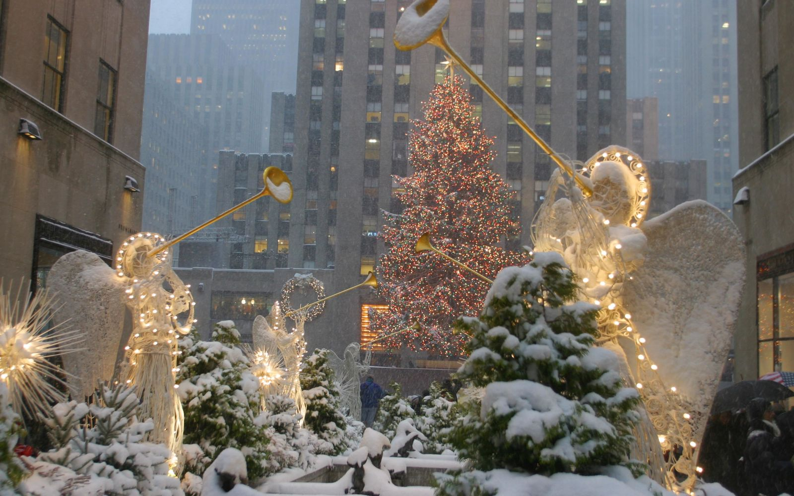 White Christmas snow in New York City
