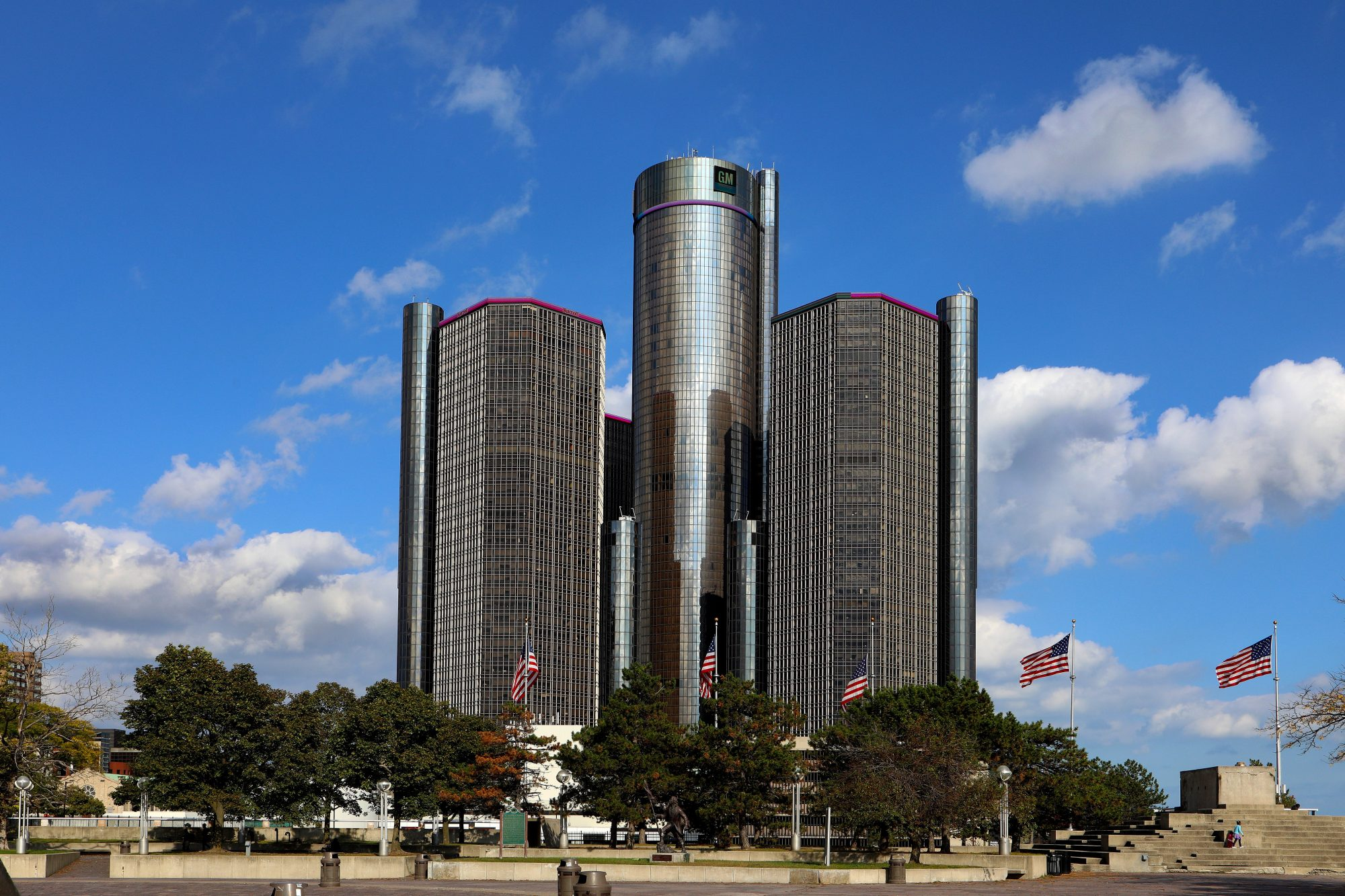 detroit-skyscrapers.jpg