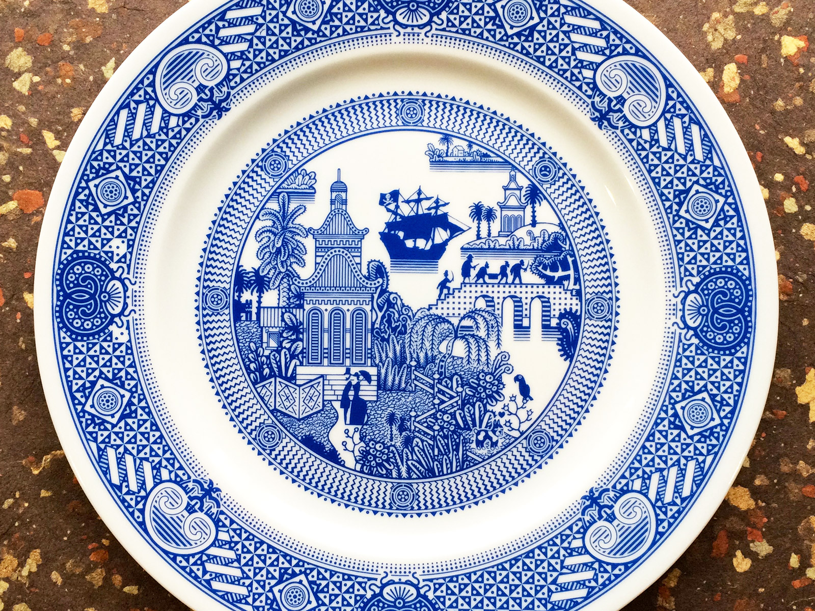 Calamityware 39 s porcelain dinosaur platter looks like fine for Plain white plates ikea