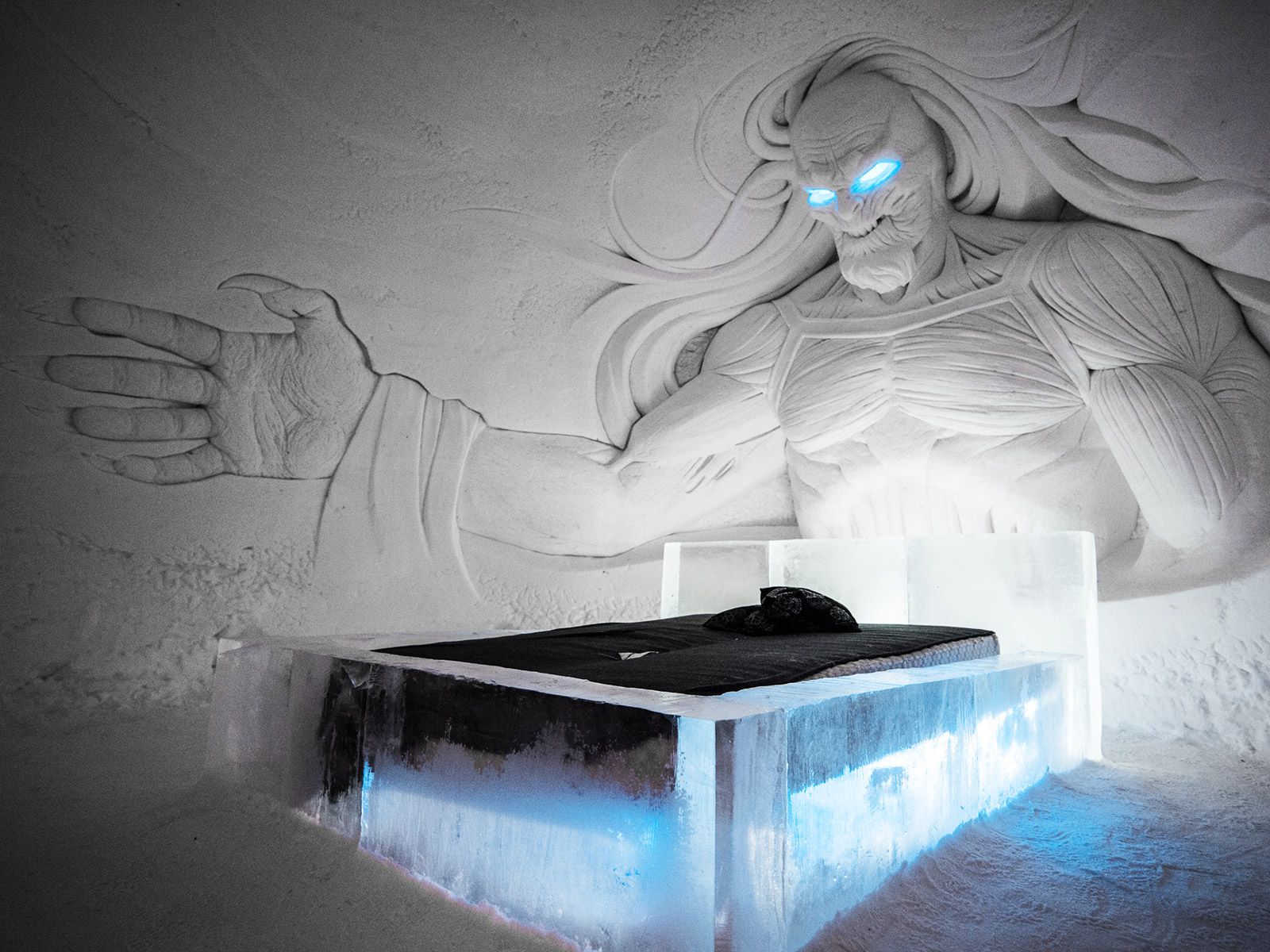 game of thrones hotel room with white walker