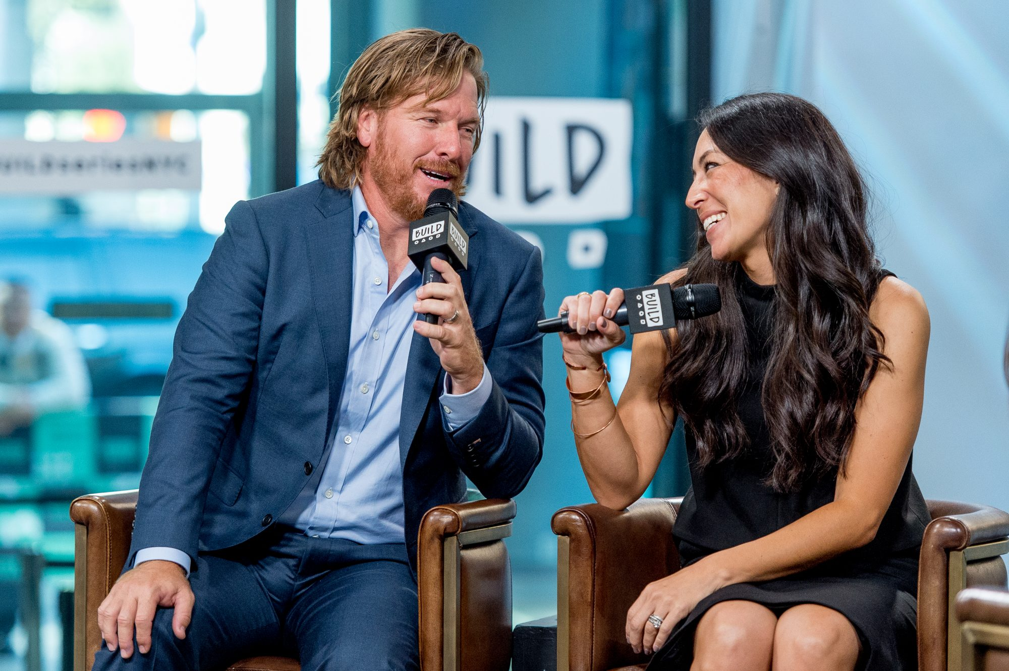 Chip & Joanna Gaines Give a Last Farewell on 'Fixer Upper' Finale: 'I'm Not Crying, You're Crying'