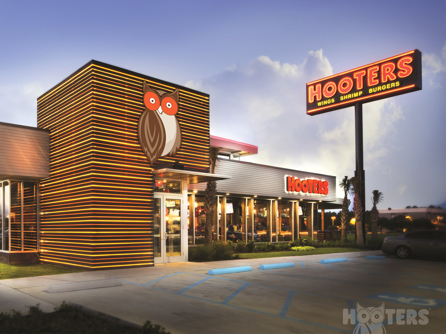 hooters closing deal