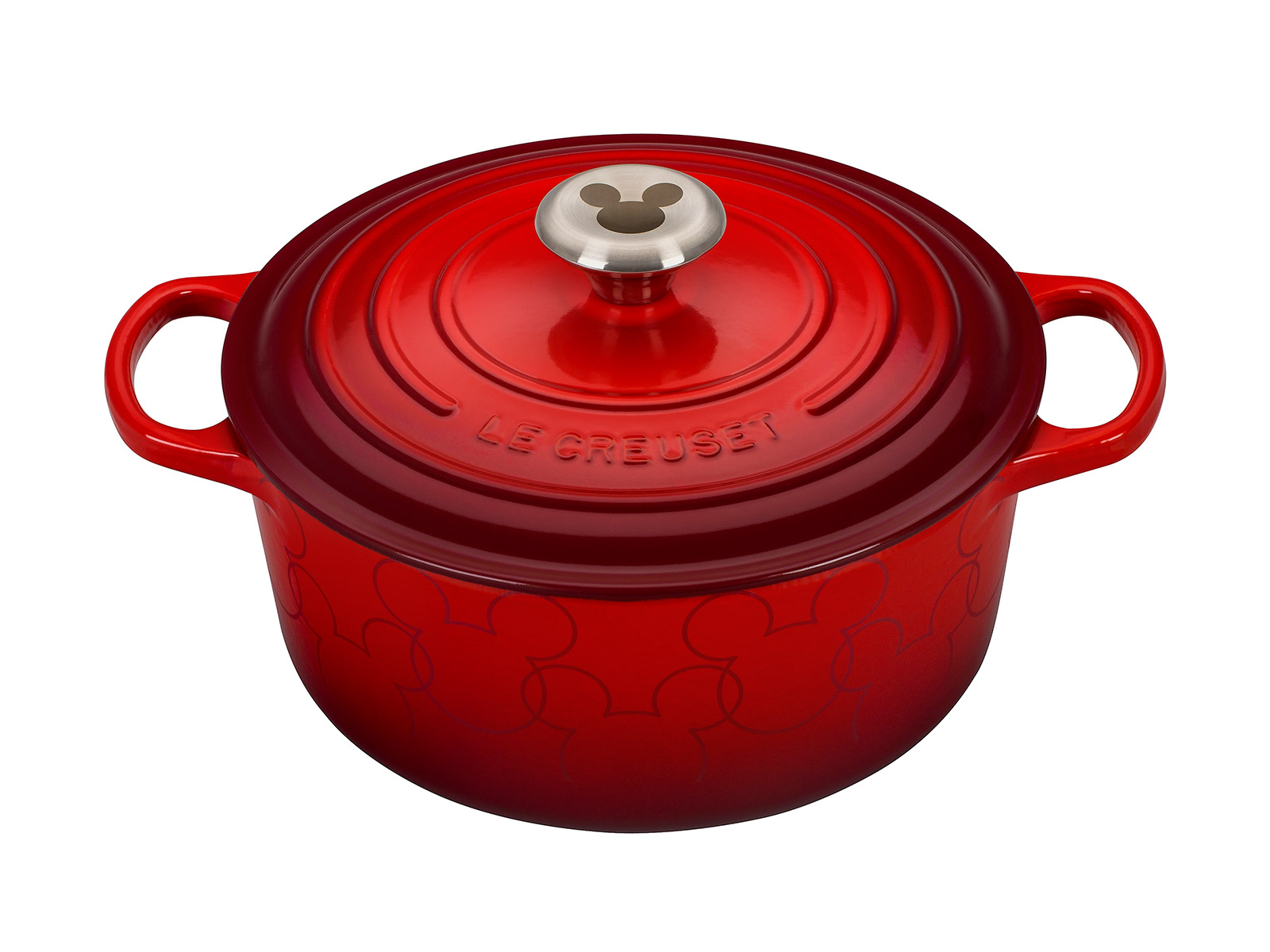 le creuset is now selling a clover shaped dutch oven food wine. Black Bedroom Furniture Sets. Home Design Ideas