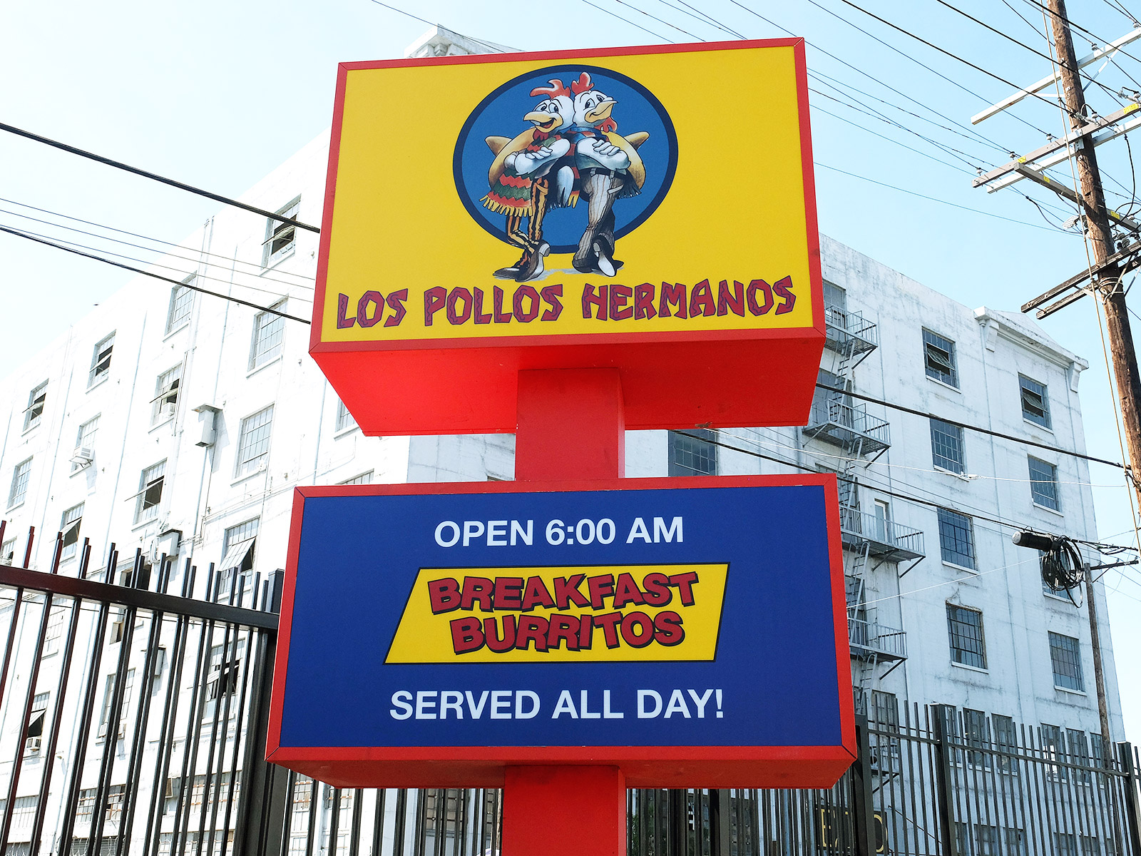 los pollos hermanos is back