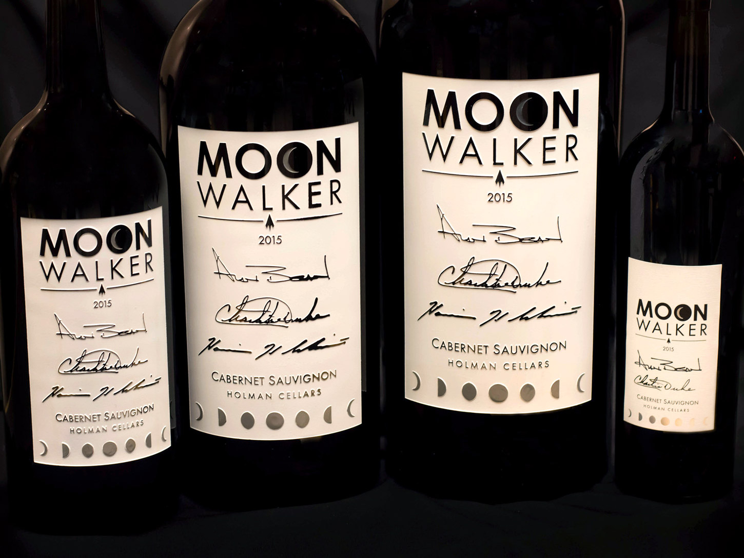 'Moonwalker' Wine Is a Drinkable Tribute to the Apollo Moon Missions