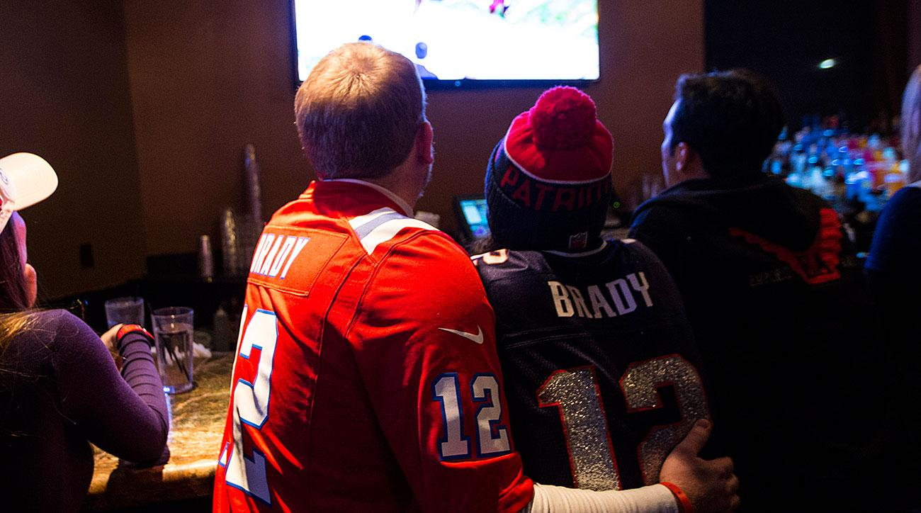 Here Are 10 of the Best Sports Bars to Watch the Super Bowl at Across the U.S.