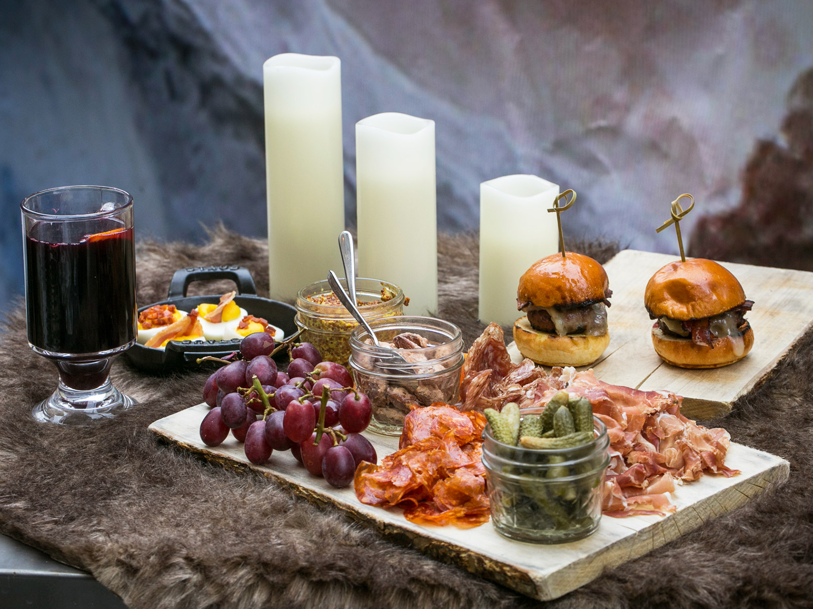 Warm Up With Cersei's Poison at This Outdoor 'Game of Thrones' Pop-Up In Boston