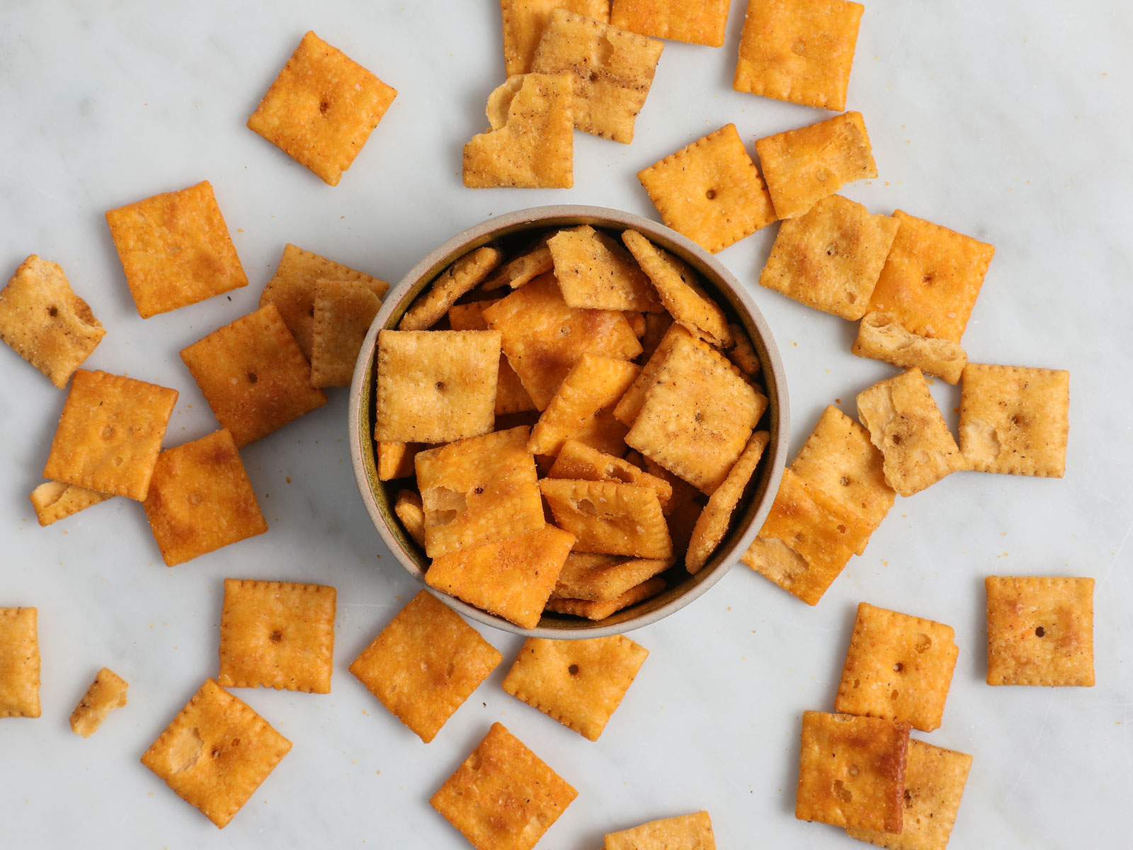 Duoz Cheddar and Bacon Cheez-Its