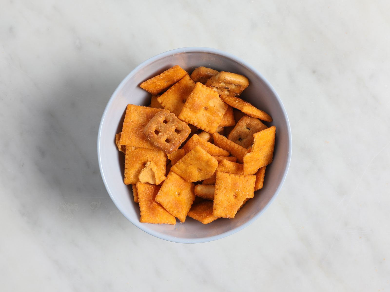 Duoz Cheddar Jack and Sharp Cheddar Pretzel Cheez-Its