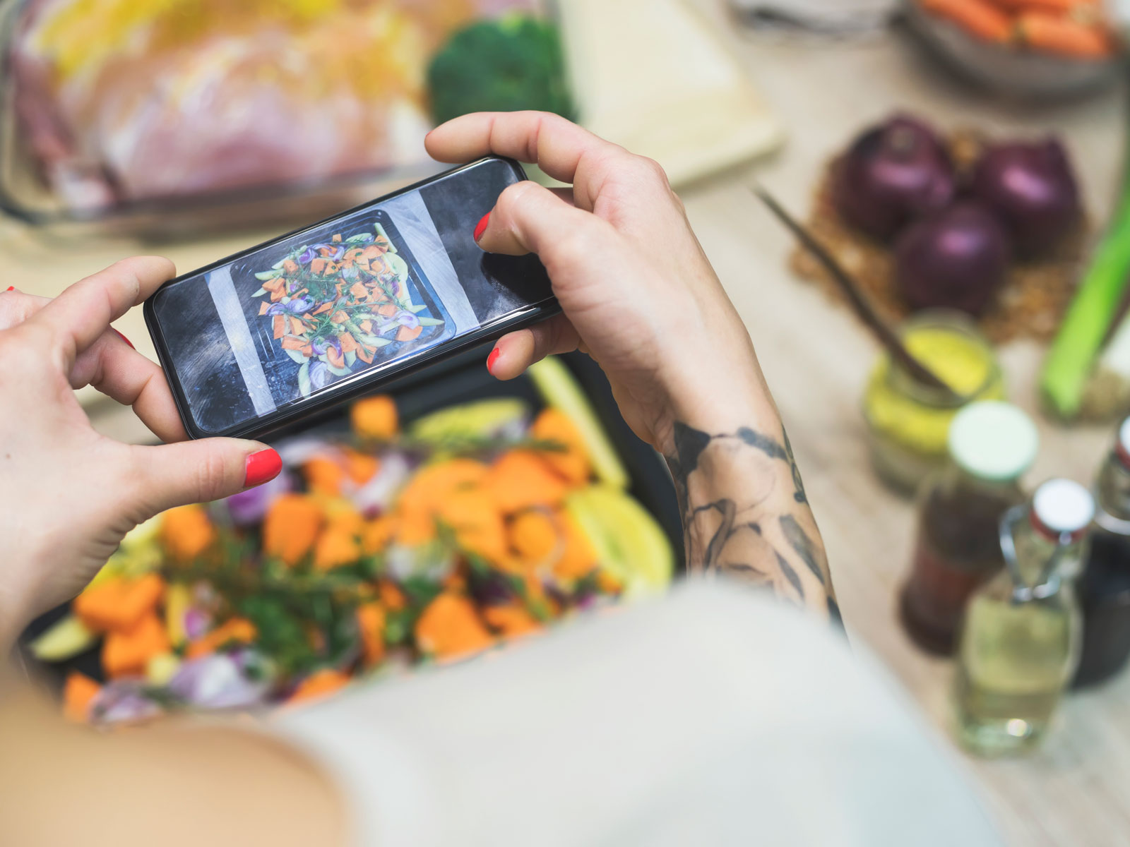 How to Become a Food Vlogger