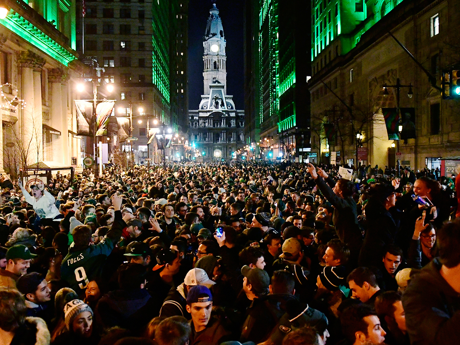 Where to Get Free Beer and Food at the Eagles Super Bowl Parade