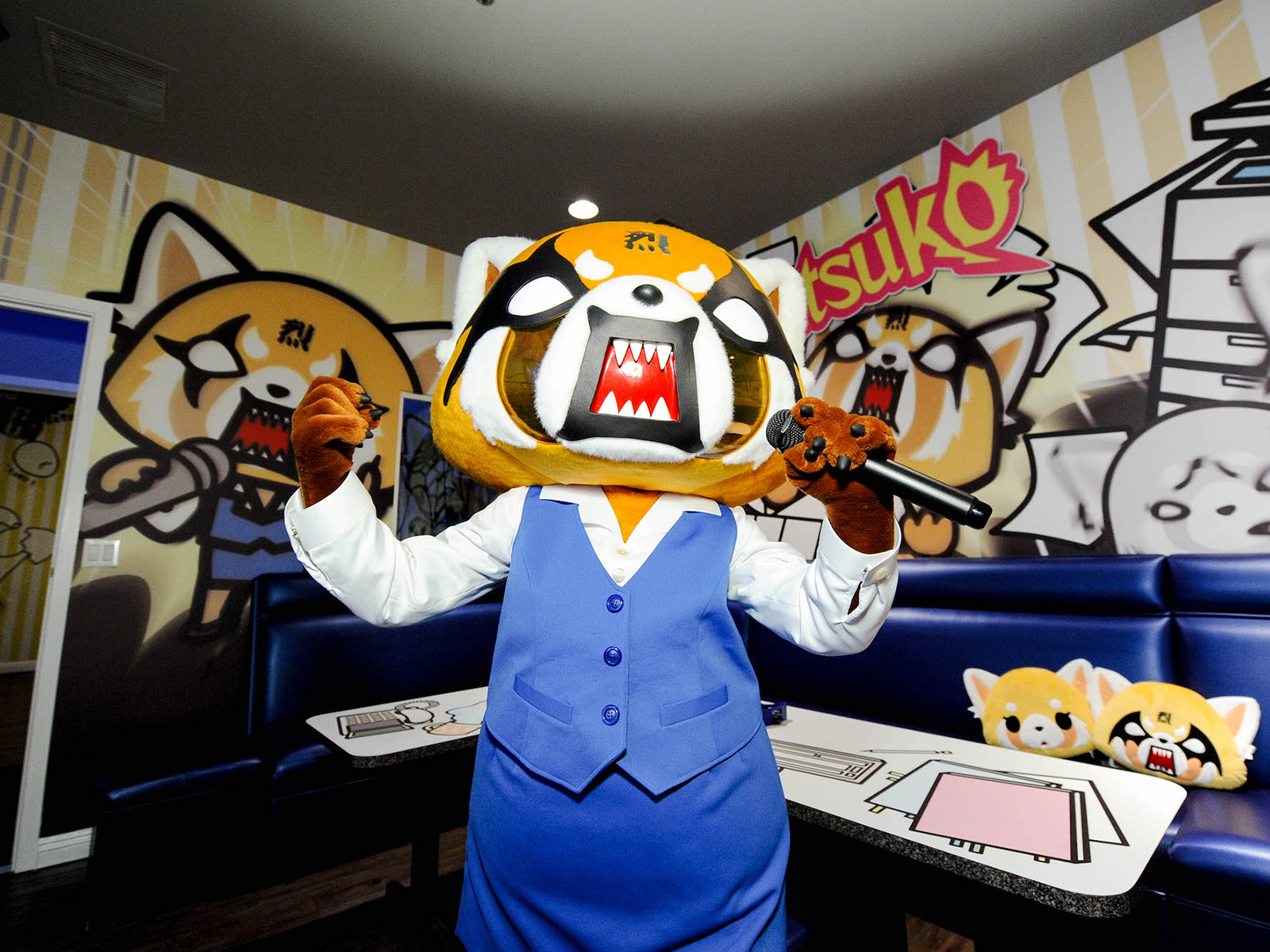 aggretsuko hello kitty character themed karaoke room