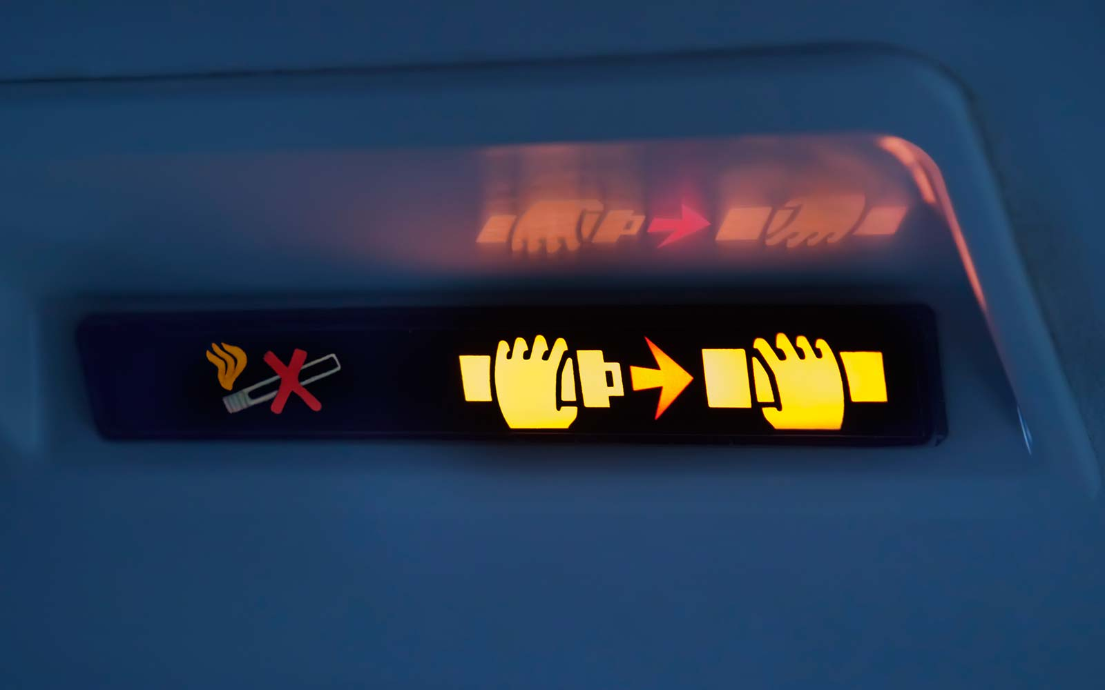 How Pilots Use the Seat Belt Sign to Send Secret Messages to Cabin Crew